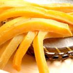 おいもやの初代半生干し芋は無添加無着色!柔らかいから家族みんなで楽しめます。