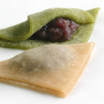 おたべは京都土産の定番お菓子。生八つ橋とつぶあんが合うんです!